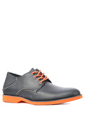 Men's The Boat Oxford Neon Shoe in Navy & Orange,