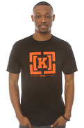 Men&#39;s The Bracket Regular Tee in Black, T-shirts