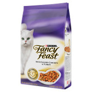 Fancy Feast Gourmet Cat Food with Savory Chicken &