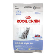 Royal Canin Feline Health Nutrition INDOOR Light 4