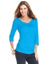 Top, Three-Quarter-Sleeve Heathered V-Neck