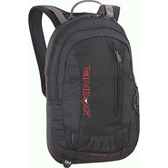 CHUTE 16L Black - DAKINE School & Day Hiking Backp