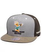 Men Milwaukee Bucks Nba Clay Snapback Cap Green
