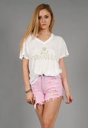 Take Me to Versailles Oversize V Neck Tee in 2 col