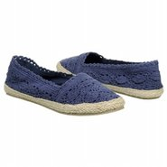 Raise Shoes (Navy) - Women's Shoes - 5.0 M